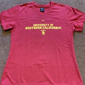 USC woman's large Nike v neck shirt